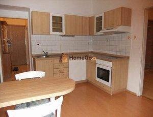 Dlouhodobý pronájem bytu 2+kk, 45m2, klidná ulice, Praha 10 - Strašnice