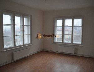 Dlouhodobý pronájem nově kompletně zrekonstruovaného bytu 2+1, v širším centru Prahy, ul. SOUVRATNÍ