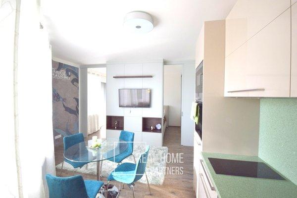 Pronájem novostavba cihlový byt 2+kk, 34m² s balkónem a garáží, Brno - Černá Pole
