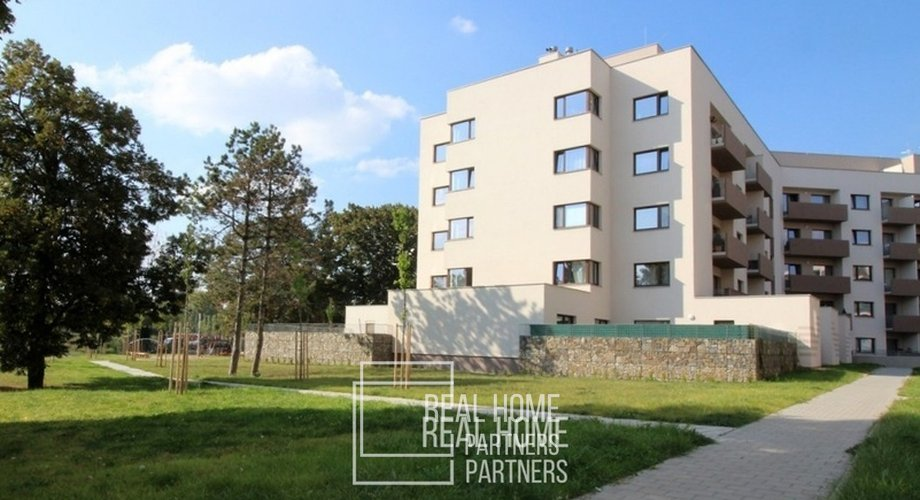 whn800x800wm1-fad7a-pronajem-novostavba-2kk-balkon-parkovaci-stani-sklep-cp-42-m2-brno-img-1778-d854