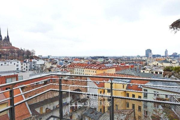 Pronájem, Byt 2 kk, klimatizace,  terasa, CP 93 m² Brno - střed