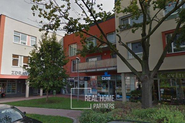 Pronájem, komerční prostory, kanceláře, klimatizace, 2 x parkovací stání, CP 80 m², Brno - Komín
