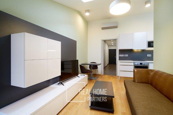 Pronájem, luxusní byt  2+kk, klimatizace, CP 43 m² , Brno-střed