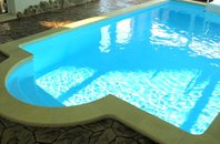 Pronájem dům 4+kk, bazén, 2 x balkon, terasa, zahrada, parkovací stání, Brno-Šlapanice