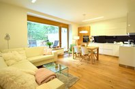 Prodej cihlový byt - novostavba 3+kk, zahradou 300 m2, venkovní 2x stání, Rezidence Neptun, Brno - Kníničky