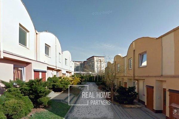 Prodej, novostavba, mezonetový  byt,  2+ kk, sklep, parkování,  46 m²,  Brno - Líšeň