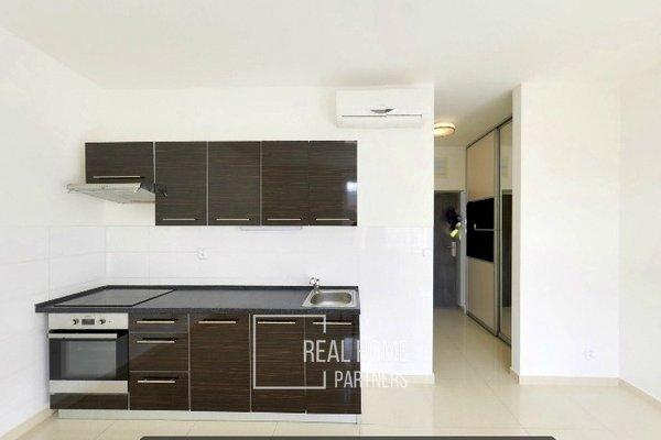 Pronájem, byt po rekonstrukci 1+kk, klimatizace, CP 36 m² , Brno - střed, Jakubské náměstí
