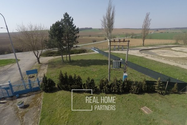 Pronájem pozemku (zpevněné plochy), CP 5.000 m2, Ořechov, Brno-venkov