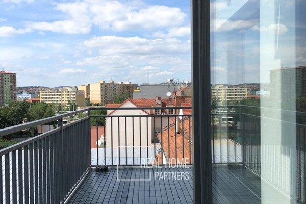 Prodej novostavba mezonetový byt OV 3+kk, 2 x terasa, klimatizace, šatna, parkovací stání, CP 150 m2, Brno Židenice