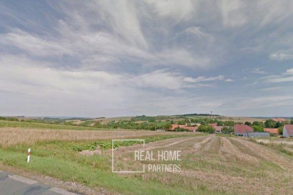 Prodej pozemku na bydlení v obci Borkovany