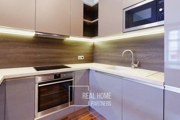 Pronájem, luxusní byt  2+kk, klimatizace, CP 60 m² , Brno-střed