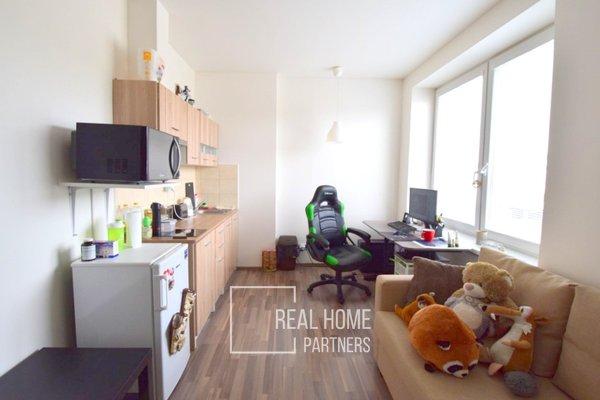 Prodej  byt 1+kk po rekonstrukci, CP 22 m2, Brno-Maloměřice