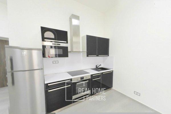 Pronájem, byt 1+kk, klimatizace, CP 33 m² , Brno - střed, Jakubské náměstí