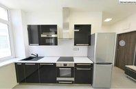Pronájem, byt po rekonstrukci 2+kk, klimatizace, CP 40 m² , Brno - střed, Jakubské náměstí