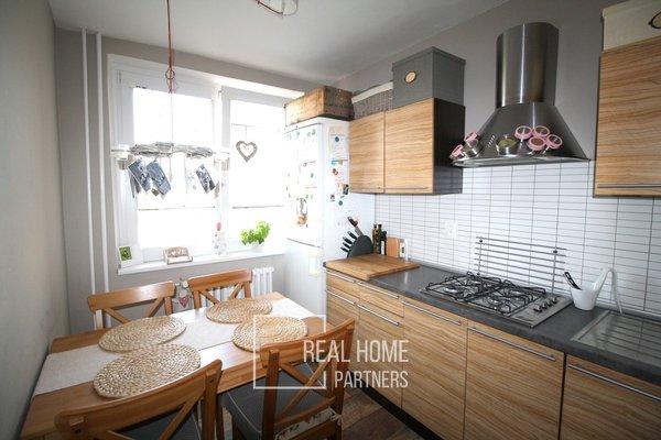 Pronájem byt 3+1 75 m2 s balkónem, sklepem, Švermova, Brno - Bohunice