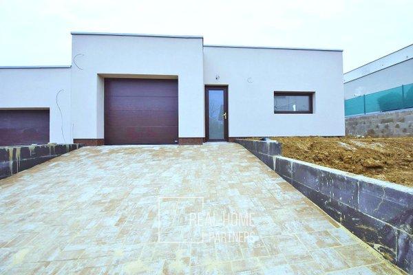 Prodej novostavby RD 4+kk s garáží a terasou, CP 483 m², Modřice, Brno – venkov