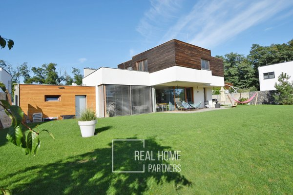 Prodej novostavby RD 5+kk s garáží, CP 1002 m², Sobotovice, Brno – venkov