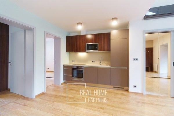 Pronájem, luxusní byt  3+kk, klimatizace, CP 75 m² , Brno-střed