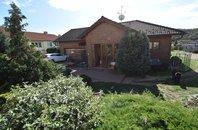 Prodej rodinného domu 4+kk s garáží a bazénem, pozemek 1.527 m², Rosice, okres Brno-venkov