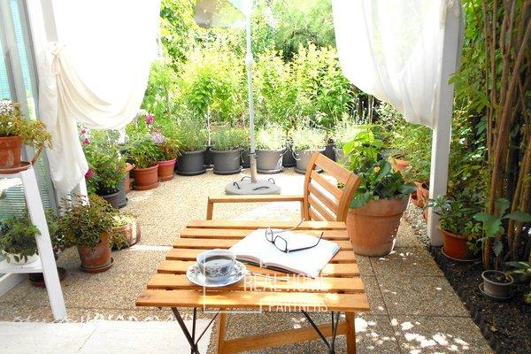 Prodej novostavba cihlový byt OV 2+kk 60 m2 se zahradou 50 m2, Brno - Bystrc