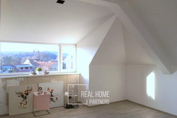 Prodej novostavba byt 4+kk, 2 x koupelna, terasa, balkon, 2 x parkovací stání, sklep, CP 114 m², Brno - Bystrc