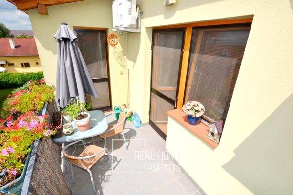 Pronájem novostavba cihlový byt 4+kk s terasou, park. stáním, Slavkov u Brna