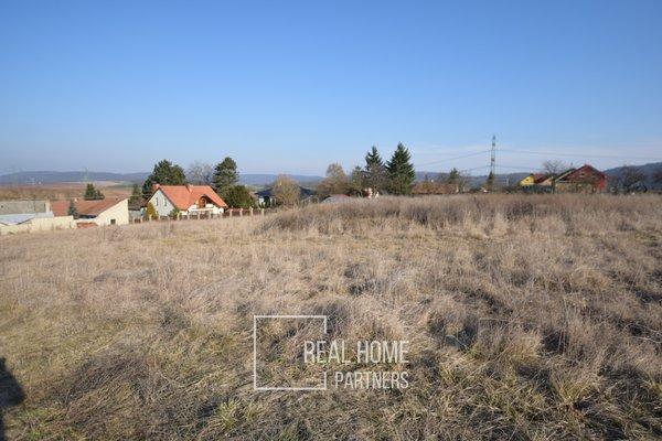 Prodej stavbeního pozemku v obci Hvozdec, Brno venkov, 4066 m2