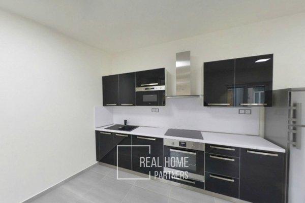 Pronájem, byt po rekonstrukci 1+kk, balkon,  klimatizace, CP 39 m² , Brno - střed, Jakubské náměstí