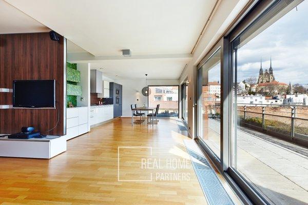 Pronájem, byt 3+kk, terasa, klimatizace, CP 79 m², Brno-střed