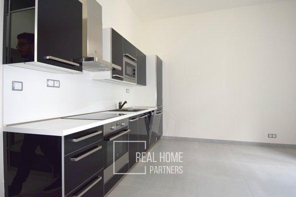 Pronájem, byt po rekonstrukci 2+kk, klimatizace, CP 36 m² , Brno - střed, Jakubské náměstí