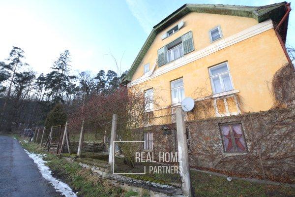 Prodej rodinný dům 600 m2,  stavební parcela 5298 m2, Vranov nad Dyjí