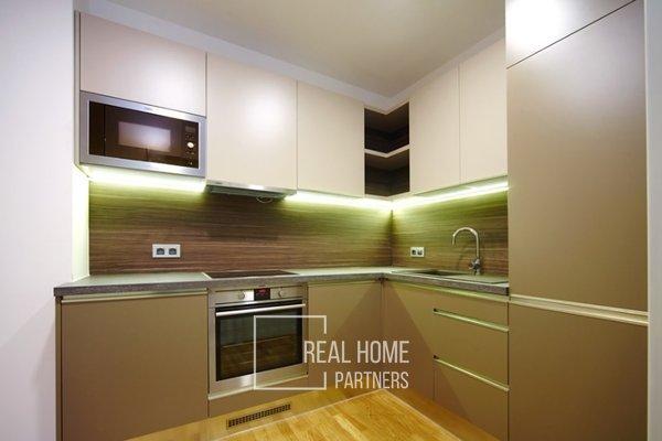 Pronájem, luxusní byt  2+kk, klimatizace, CP 53 m² , Brno-střed