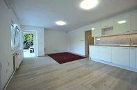 Pronájem bytu 2+kk se zahradou a vyhřívaným bazénem, CP 100 m2, Brno – Stránice, ul. Preslova
