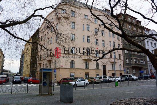 Pronájem, Obchodní prostory, 260m² - Praha - Holešovice