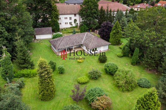 Pronájem, Rodinné domy, 220m² - Jirny
