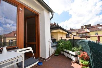 Pronájem bytu v ulici Sezimova, Praha 4 - Nusle