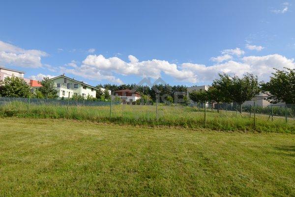 Prodej stavebního pozemku (634 m2) na výstavbu rodinného domu v Praze 10 - Štěrboholích
