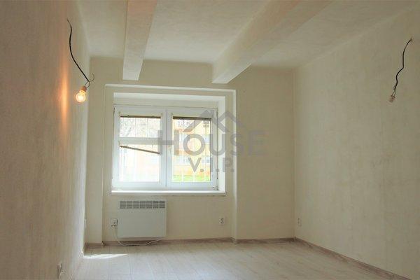 Prodej bytu 2+kk (35,5 m2) Praha 9 - Vysočany
