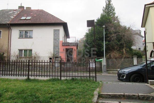 Prodej, Rodinné domy, cca 270 m² - Praha - Braník