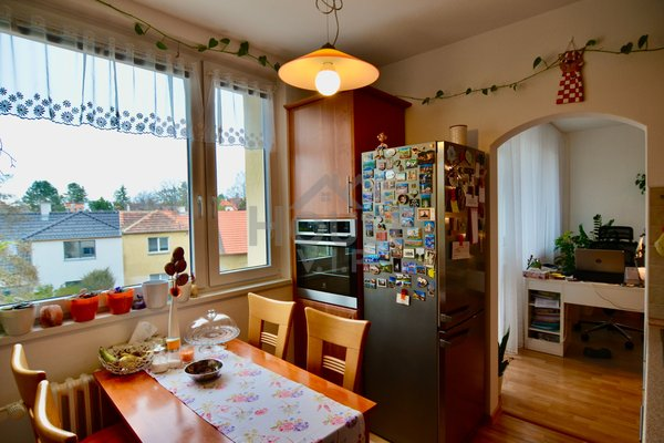 Prodej bytu 3+1/L (77m²) Praha 5 - Hlubočepy