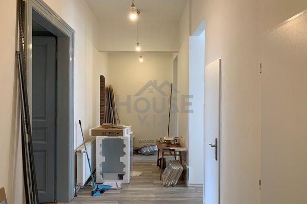 Prodej bytu 7+1/2xB, 122 m² - Praha 1 - Malá Strana