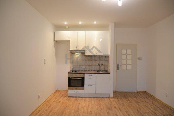 Prodej, Byty 1+kk, 25m² - Praha - Michle