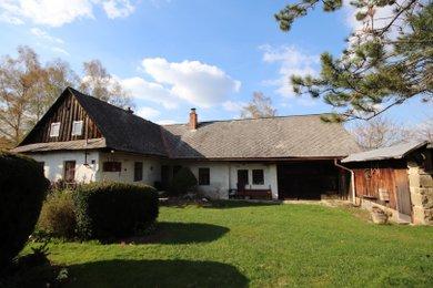 Prodej romantické chalupy s rozsáhlými pozemky v obci Maletín, okr. Šumperk, Ev.č.: 00167