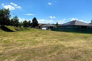 stavební pozemek o celkové výměře 1 867 m2, v obci Pravlov, Ev.č.: 00193