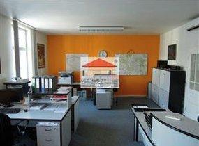 Pronájem, kanceláře, 140m²