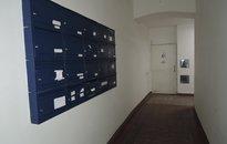 Prodej 7 bytů, 1 kanceláře a restaurace, Praha 9