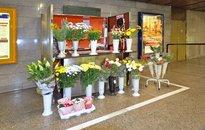 Pultový prodej - metro Flora