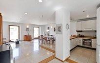 Nabízíme exklusivní pronájem mezonetového penthouse s terasou205m², garáže ,Praha Vinohrady, ul. Mánesova
