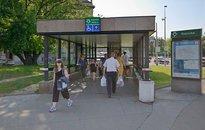 Pultový prodej - metro Dejvická, Vítězné náměstí