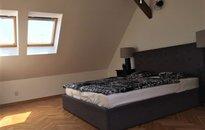 Prodej mezonetového bytu 3+kk s balkonem, výtahem, o vel. 107m², Praha - Žižkov, ul. Ondříčkova